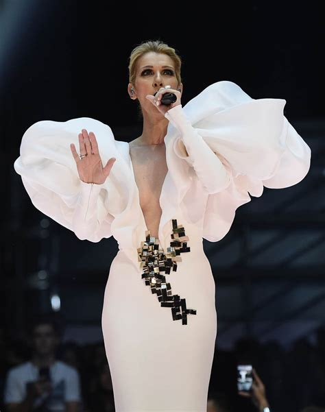 Celine Dion's My Heart Will Go On performance was the