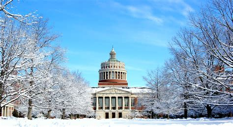 10 Of The Snowiest US College Campuses This Winter - Greekrank